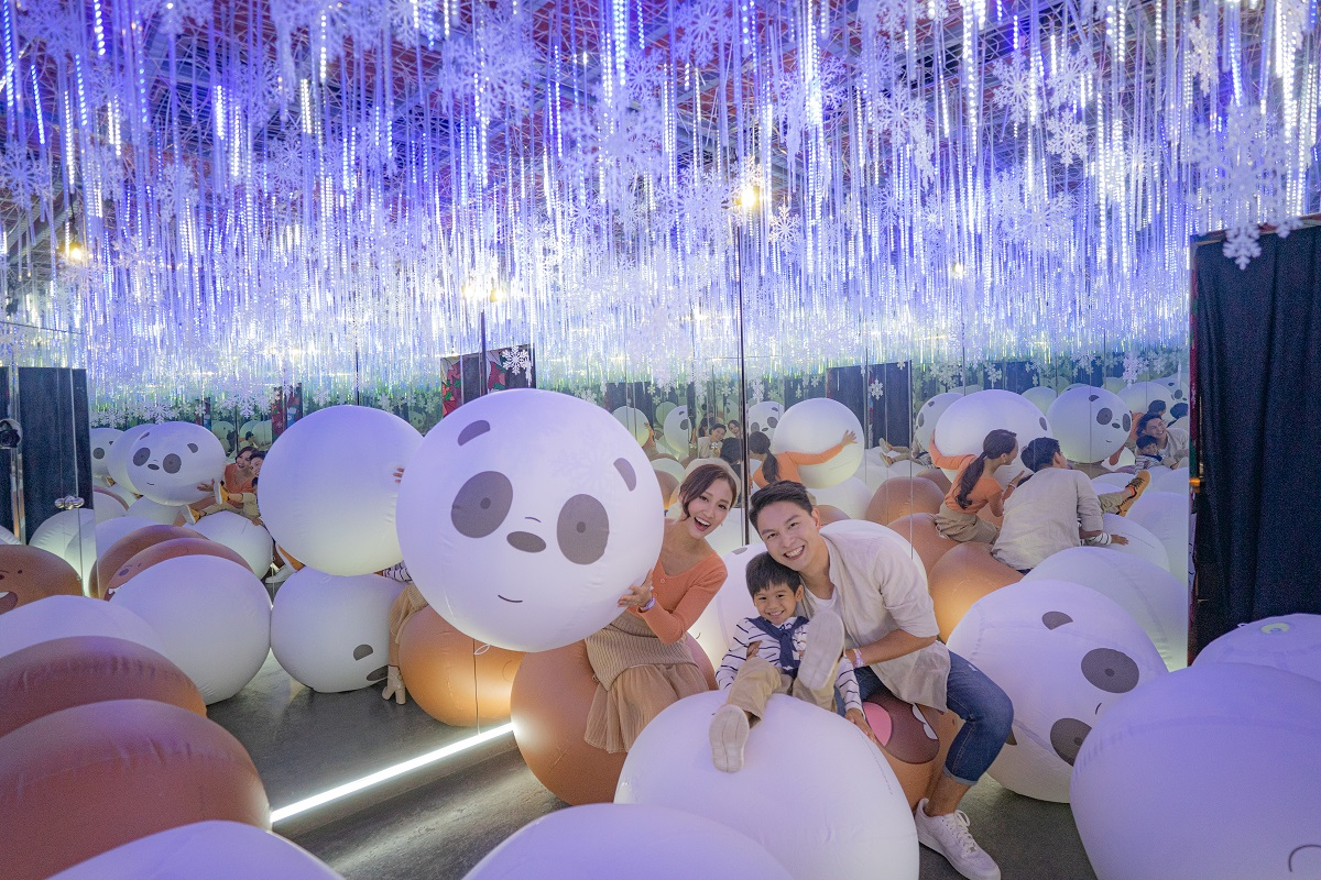 Hong Kong's first We Bare Bears selfie gallery