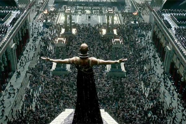 300 Trailer: March Can't Come Soon Enough