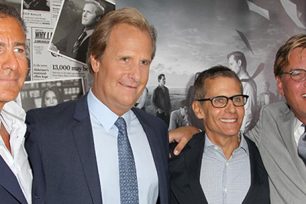 BREAKING: The Newsroom Cast Shines