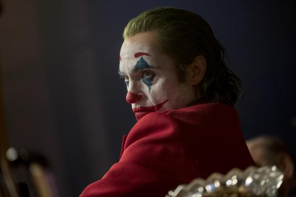 Warner Bros. 'Joker' wins Oscar gold for best score and best actor